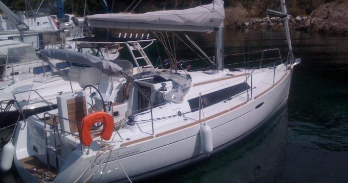 Location bateau Hyères pas cher Oceanis 31