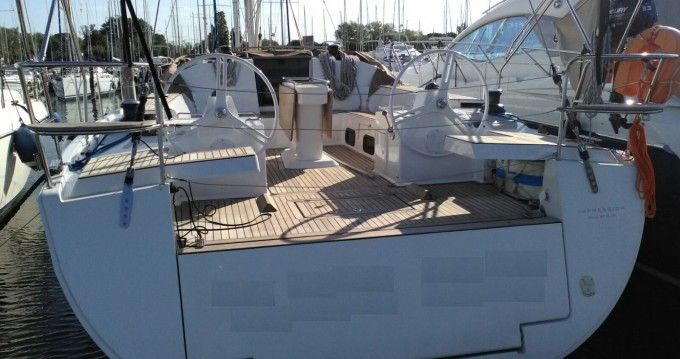 Boat rental Elan Elan 50 Impression in Capo d'Orlando Marina on Samboat