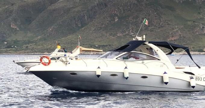 Stama Stama 33 entre particuliers et professionnel à Castellammare del Golfo