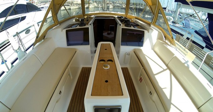 Hire Sailboat with or without skipper Dufour Malta