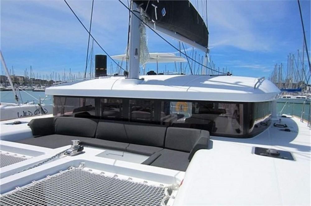 Louer Catamaran avec ou sans skipper Lagoon à La Rochelle