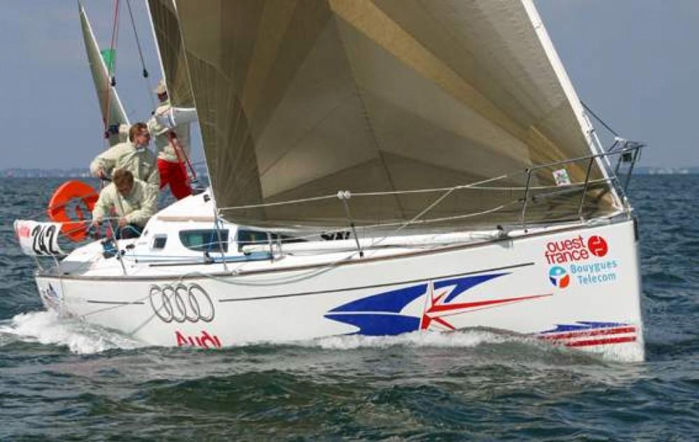 Rental yacht La Rochelle - Jeanneau Sun Fast 35 on SamBoat