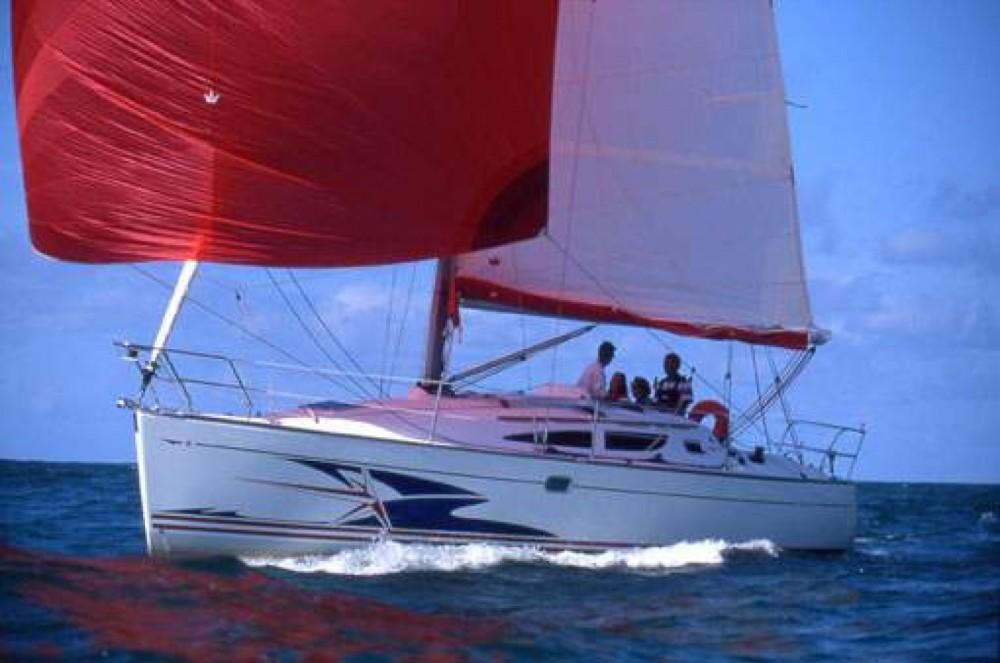Boat rental Jeanneau Sun Fast 35 in La Rochelle on Samboat