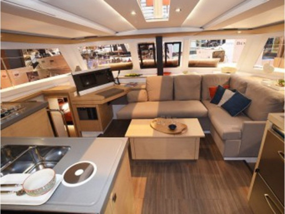 Location Catamaran à ACI Marina Dubrovnik - Fountaine Pajot Lucia 40