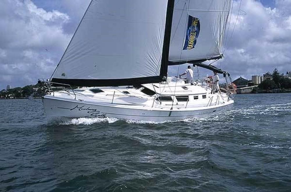 Location bateau Furnari pas cher Hunter 44