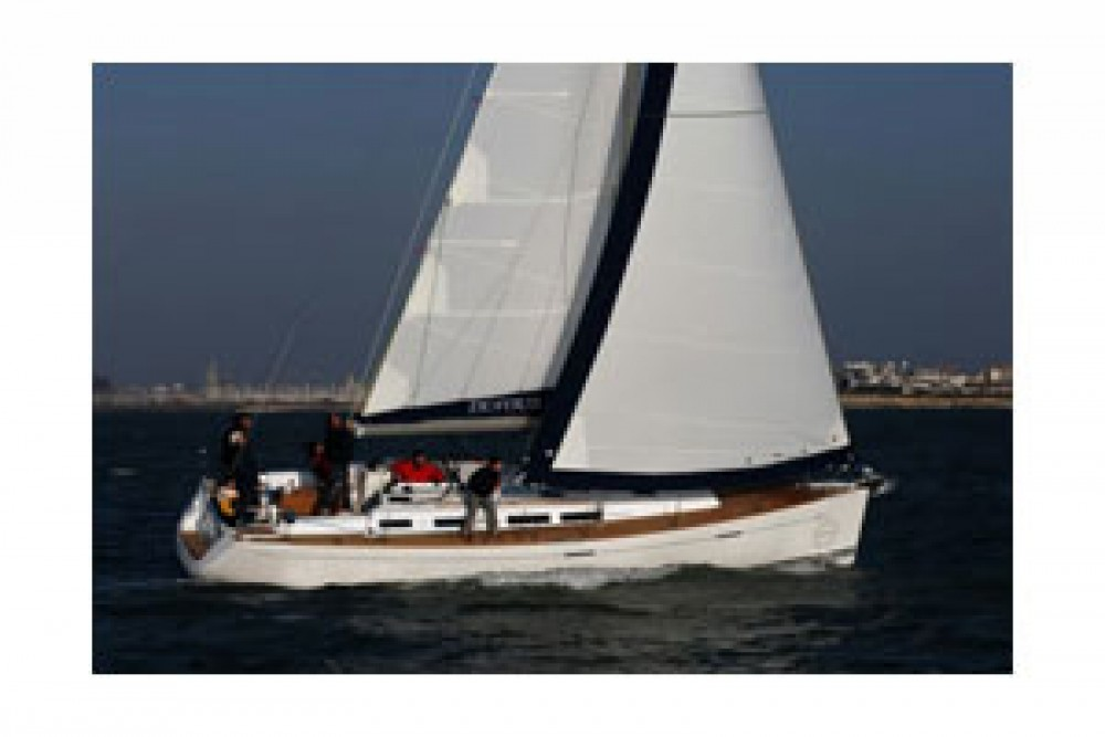 Verhuur Zeilboot in Le Marin - Dufour Dufour 425 Grand Large