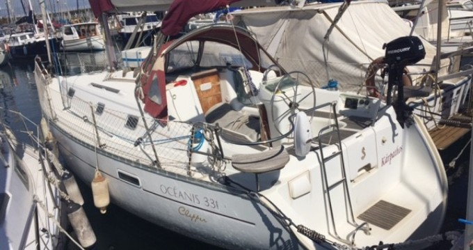 Boat rental Barcelona cheap Oceanis 331 Clipper