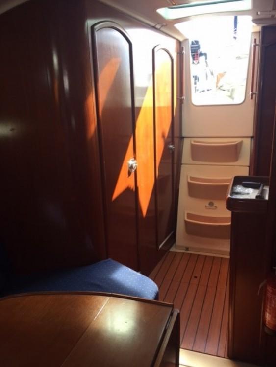 Alquiler de barcos Barcelona barato de Oceanis 331 Clipper