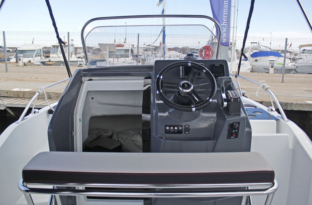Hire Motor boat with or without skipper Bénéteau l'Estartit