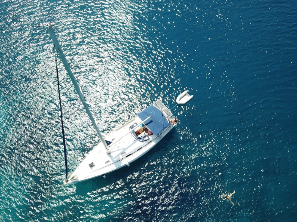 Hire Sailboat with or without skipper Bavaria Μαρίνα Αλίμου
