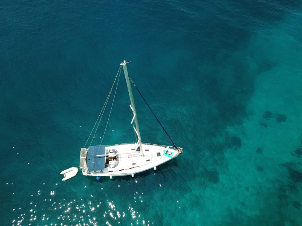Rent a Bavaria Bavaria 43 Cruiser Μαρίνα Αλίμου