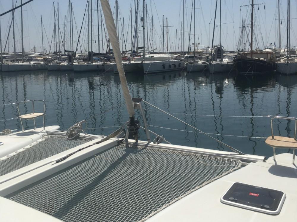 Bootverhuur Marina de Alimos goedkoop Lagoon 400 S2