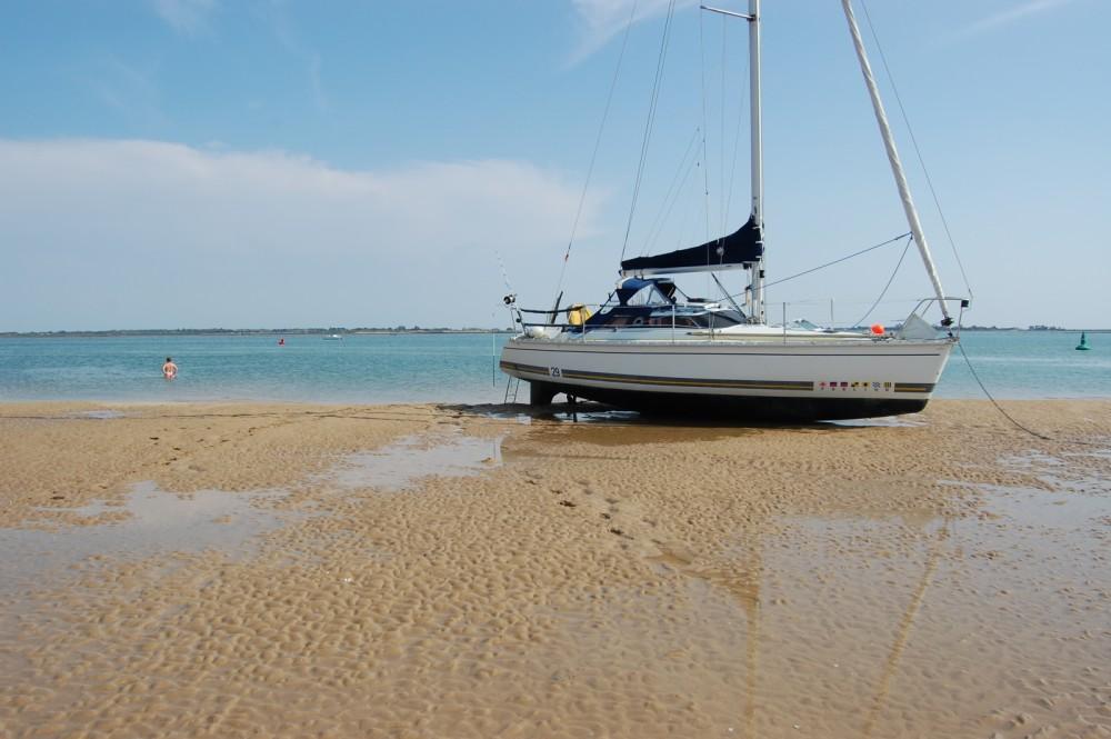 Rental Sailboat in Arzal - Kirie Feeling 29 Di