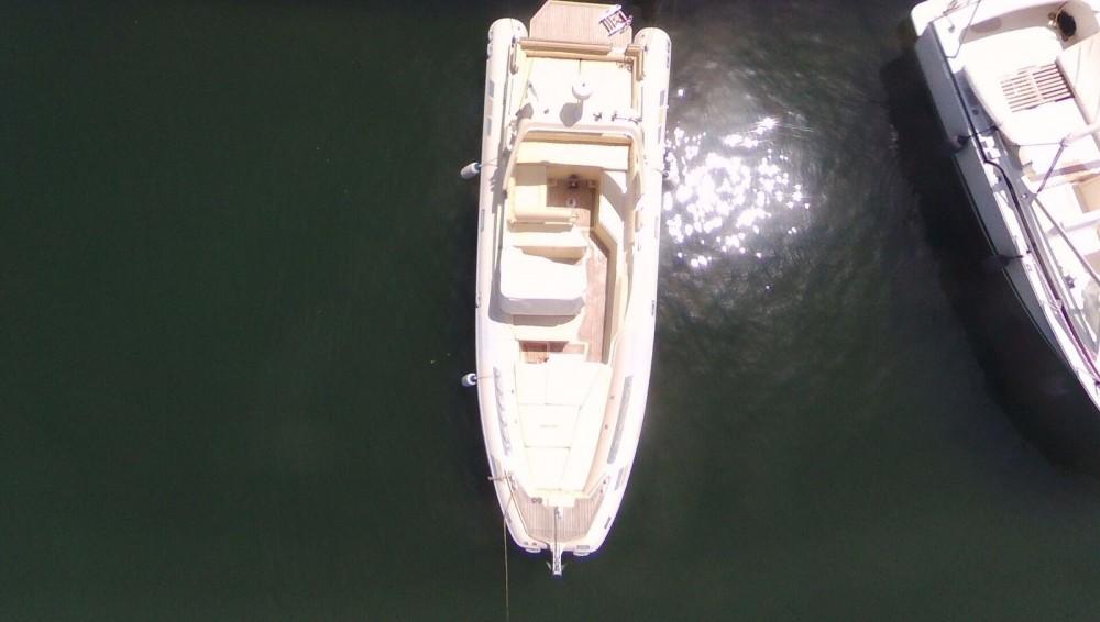 Noleggio barche Piombino economico 28 offshore