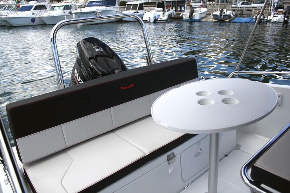 Barca a motore a noleggio Cambrils al miglior prezzo