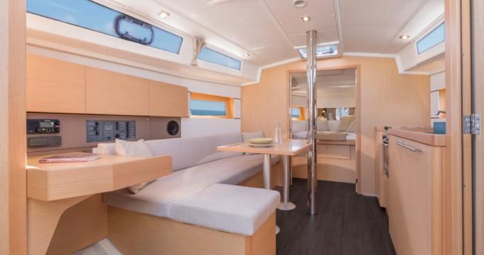 Rental yacht Marina Kornati - Bénéteau Oceanis 38.1 on SamBoat