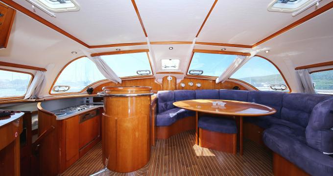 Boat rental Laurium cheap Privilege 465 - 4 + 1 cab.