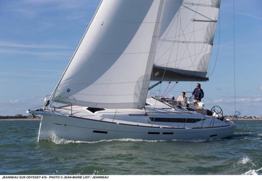Segelboot mit oder ohne Skipper Jeanneau mieten in Sukošan