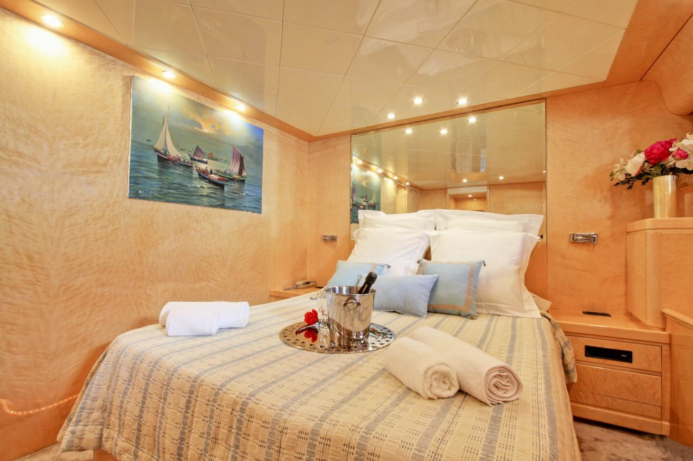 Alquiler de barcos Rizzardi Posillipo Technema  80 enNápoles en Samboat