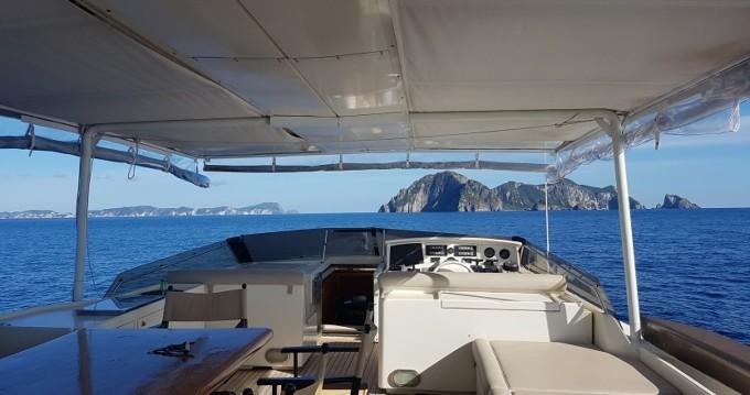 Louer Yacht avec ou sans skipper Rizzardi à Naples