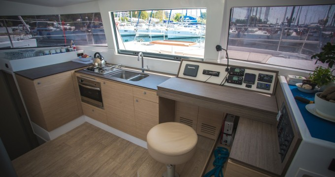 Rent a Bali Catamarans Bali 4.0 Lefkas