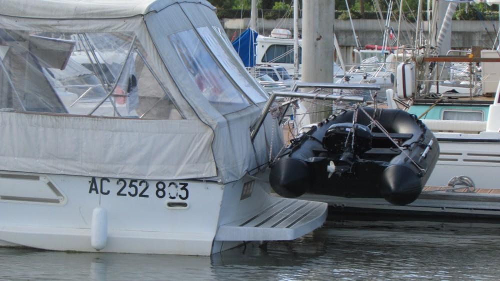 Alquiler Lancha Guy Couach con título de navegación