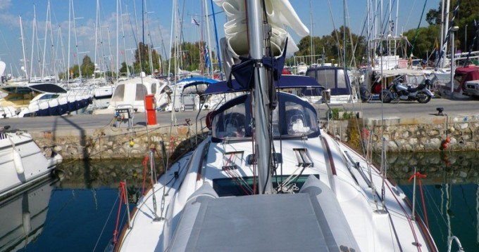 Hire Sailboat with or without skipper Bénéteau Μαρίνα Αλίμου
