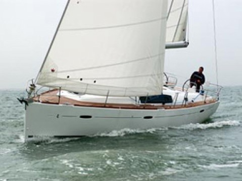 Rental yacht Μαρίνα Αλίμου - Bénéteau Oceanis 43 on SamBoat