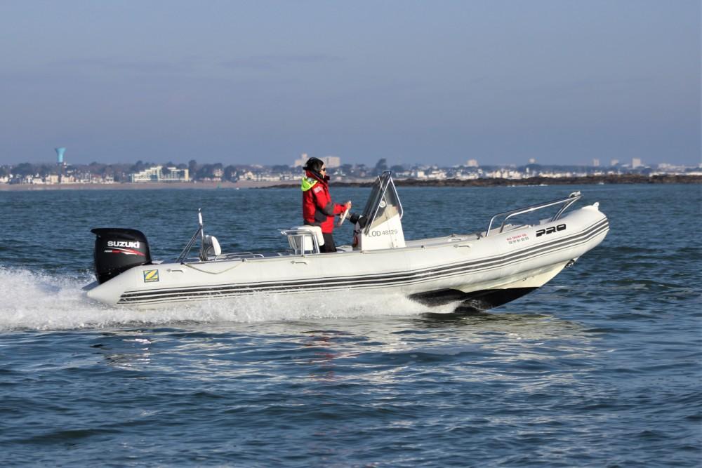 Schlauchboot mieten in Lorient - Zodiac Pro Open