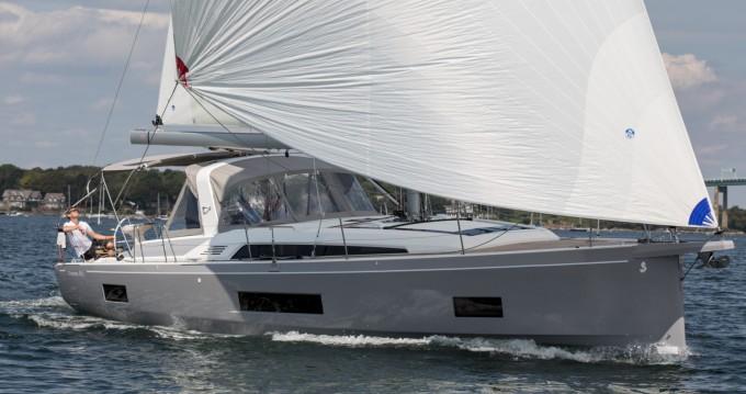 Rental yacht Ibiza Magna - Bénéteau Oceanis 46.1 on SamBoat