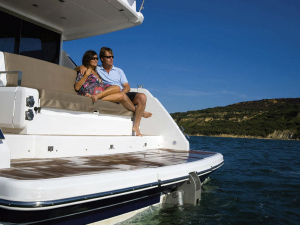 Hire Motor boat with or without skipper Fairlane Šibenik