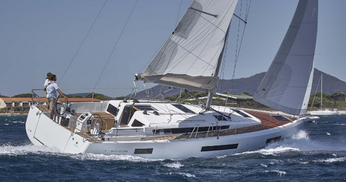 Jeanneau Sun Odyssey 440 between personal and professional Marina d'Arechi