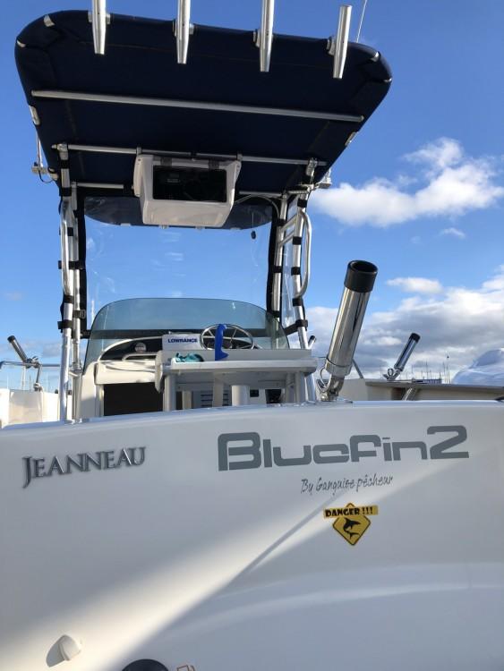 Louer Bateau à moteur avec ou sans skipper Sortie pêche  à Leucate