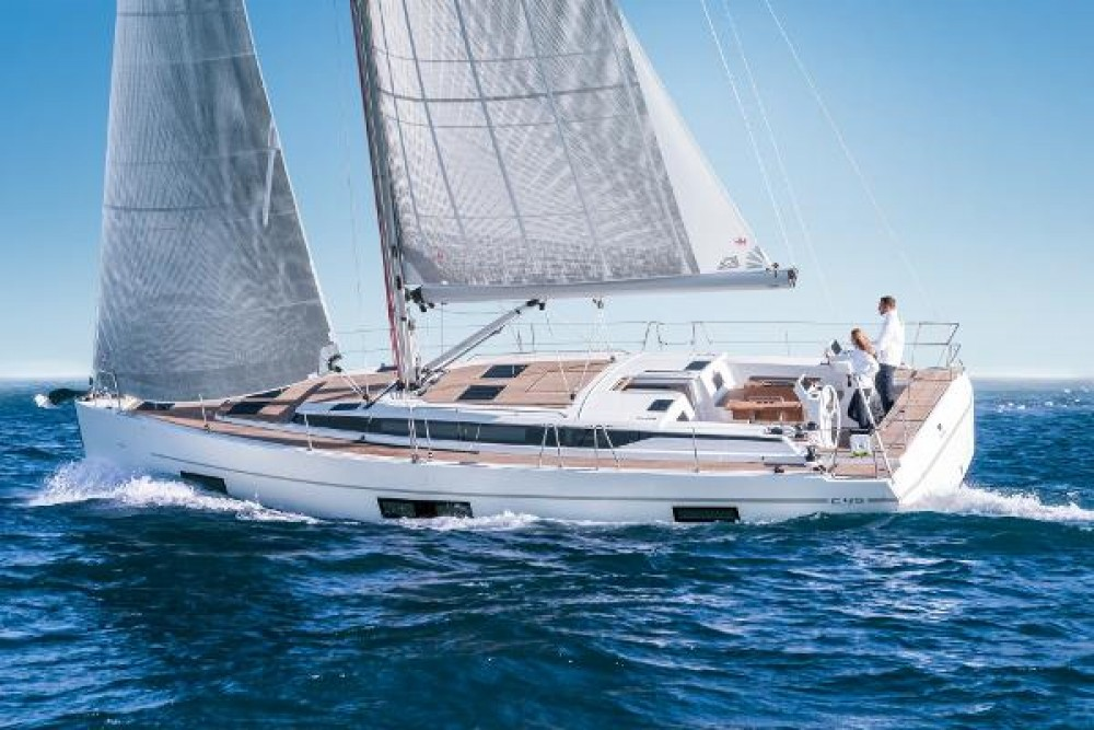 Sailboat for rent Sliema at the best price