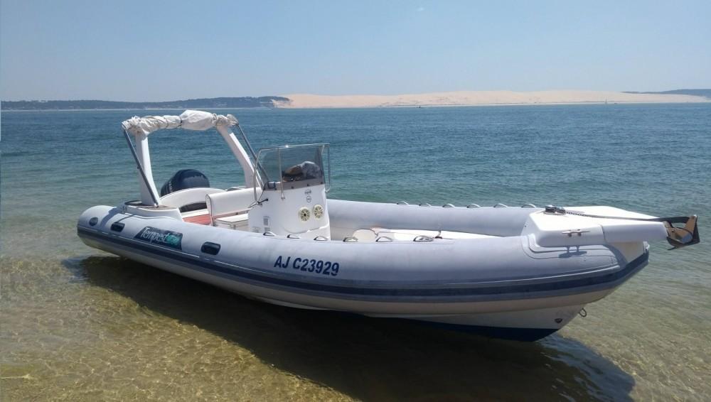 Louer Semi-rigide avec ou sans skipper Capelli à Lège-Cap-Ferret