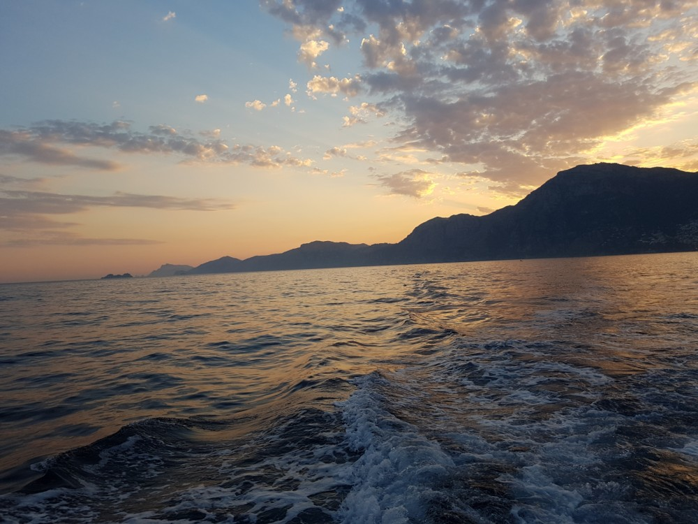 Boat rental Amalfi cheap Commander 31