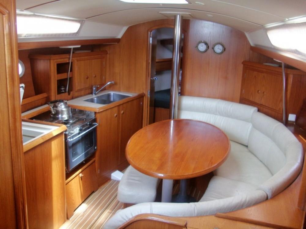 Verhuur Zeilboot in La Rochelle - Jeanneau Sun Odyssey 34.2