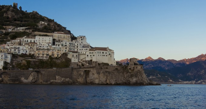 Location bateau Chris Craft Commander 31 à Amalfi sur Samboat