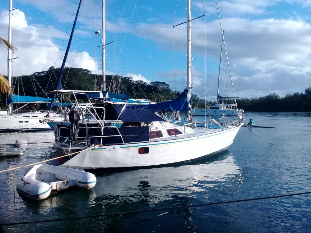 Hire Sailboat with or without skipper Oxion French Polynesia