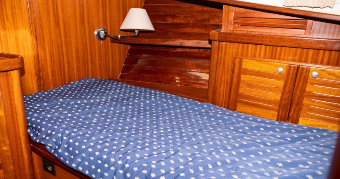 Rental yacht Maó - Astilleros Menorquin 160 on SamBoat