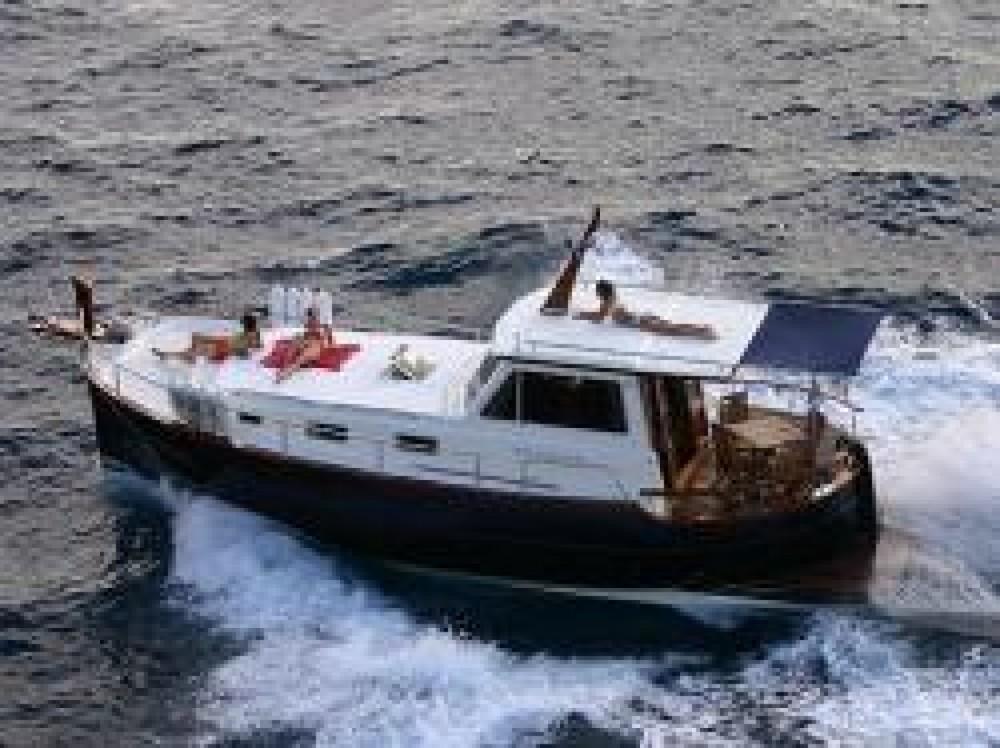 Noleggiare un'Astilleros Menorquin 160 Spagna