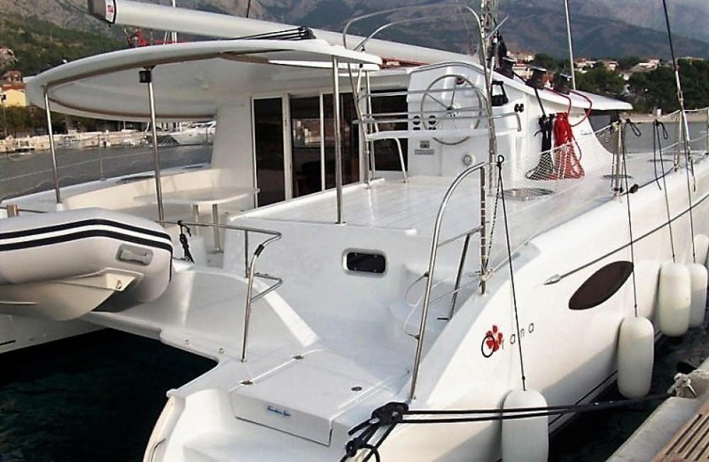 Hire Catamaran with or without skipper Fountaine Pajot Göcek
