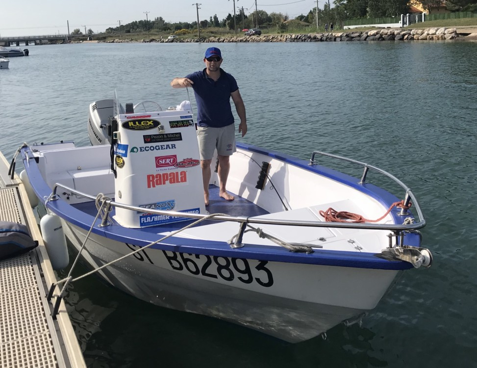 Hire Motor boat with or without skipper Pro-2000 Marseillan
