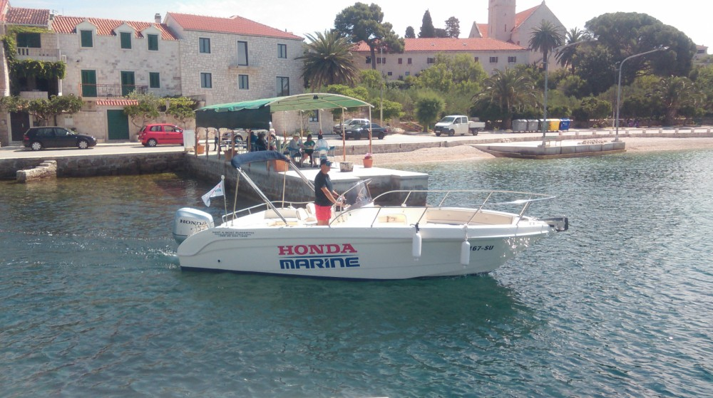Motor boat for rent Sumartin at the best price