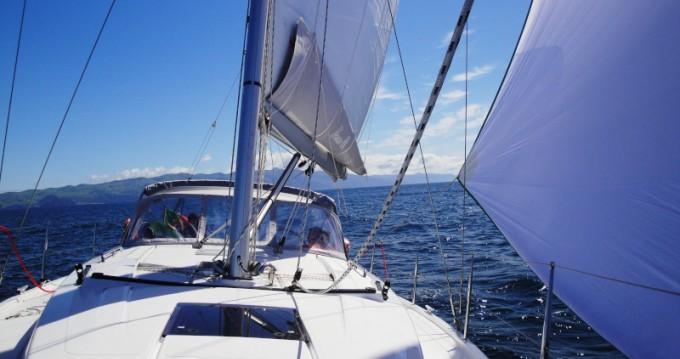 Boat rental Ponta Delgada cheap Hanse 385