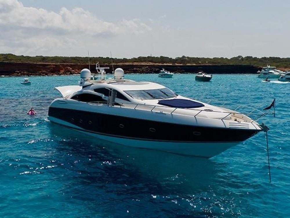 Louer Bateau à moteur avec ou sans skipper Sunseeker à Club de Mar