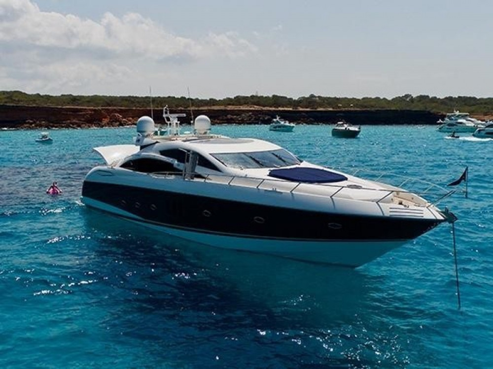 Verhuur Motorboot in Club de Mar - Sunseeker Predator 82