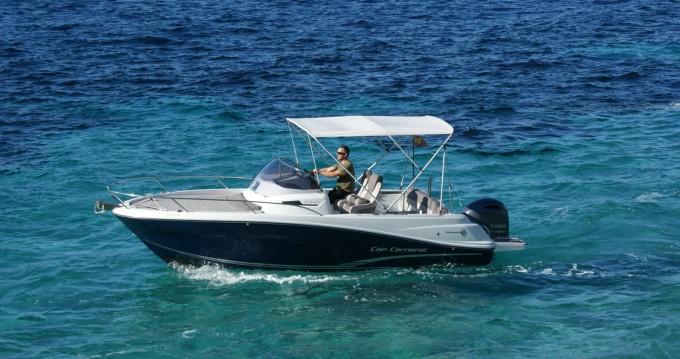 Location bateau Jeanneau Cap Camarat 6.5 WA à Île d'Ibiza sur Samboat