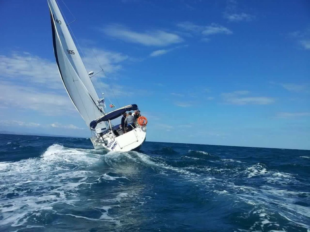 Sailboat for rent Termoli at the best price