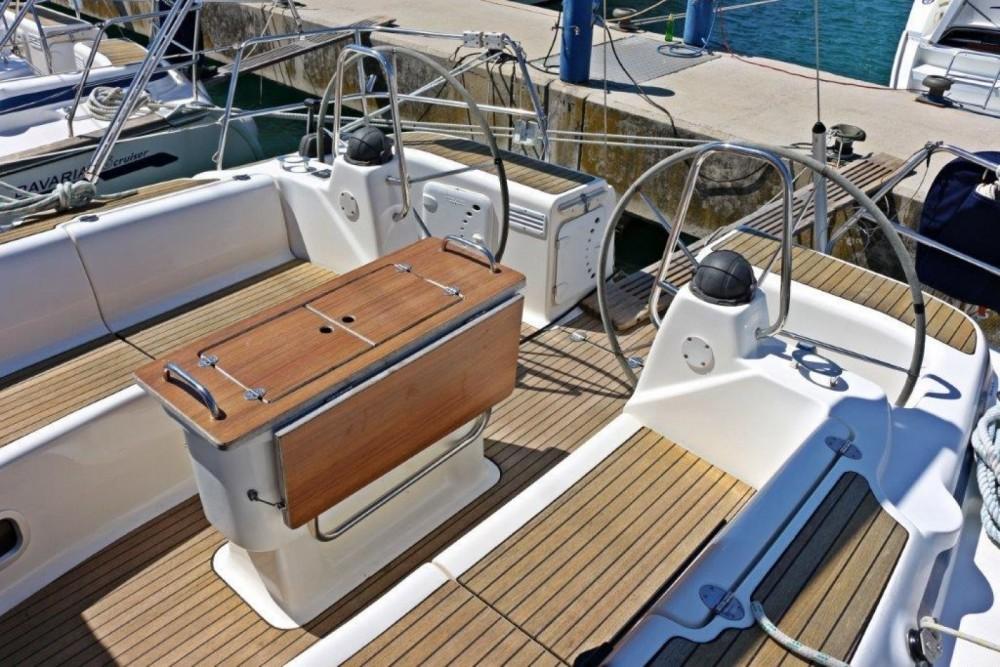 Boat rental Bavaria Bavaria 46 Cruiser in Sukošan on Samboat